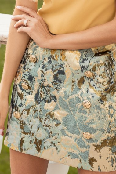 JACQUARD SKIRT WITH DECORATIVE BUTTONS